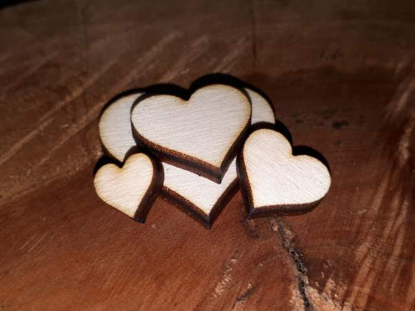 heart 3mm birch plywood from 1cm width